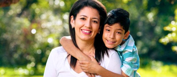 madre e hijo - hipotiroidismo